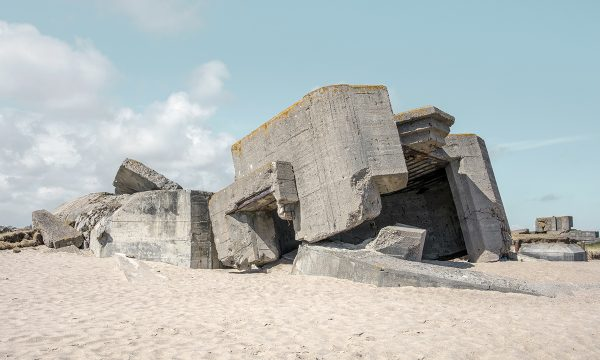 Neville-sur-Mer, Vicq-sur-Mer (Cotentin) – Eric Tabuchi et Nelly Monnier, L'Atlas des Régions Naturelles.