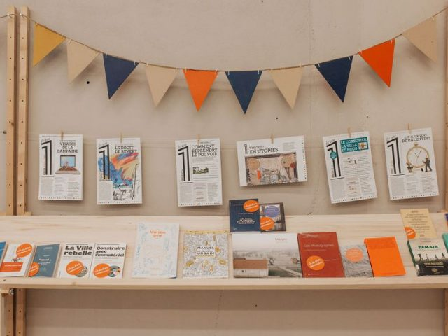 Sélection d'ouvrages de l'exposition du Laboratoire des territoires au Pavillon, Caen, 2019. Crédit : Cécile Schuhmann